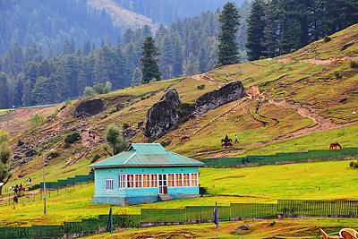 Aaru Valley Kashmir - Royalty free stock photo, image