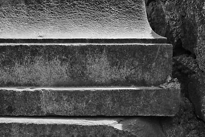 Cutting edges of pillar - Royalty free stock photo, image