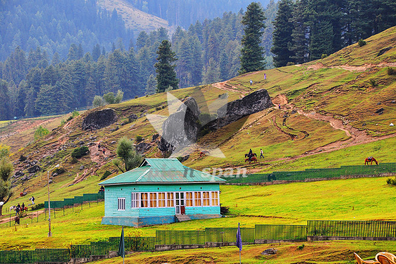 Aaru Valley Kashmir - Royalty free stock photo, image