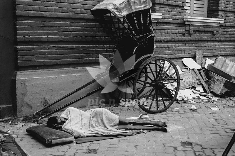 Kolkata Haath Rikshawala - Royalty free stock photo, image